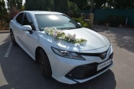 Прокат Toyota Camry v70 с водителем в Харькове