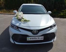 прокат Тойота Камри на свадьбу в Харькове