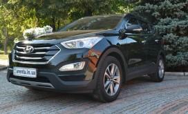 Hyundai Santa Fe Sport black