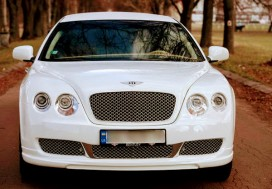 Копия лимузина Bentley Continental Flying Spur( linсoln Town Car 1997г.в)