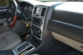 Салон Chrysler 300-C