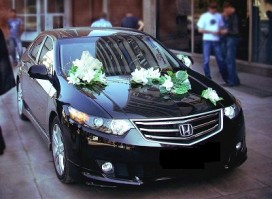 Honda Accord черная.