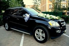 Mercedes GL черный.