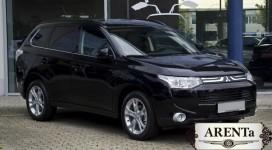 Mitsubishi Outlander черный.