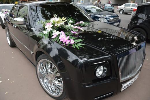 Rolls Royce Fantom черный.