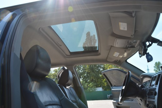 Салон Chrysler 300C Fantom рестайлинг