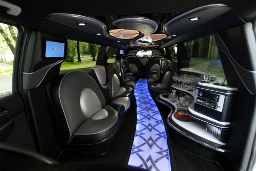 Лимузин Cadillac Escalade . АКЦИЯ!!!!!!! УТОЧНЯЙТЕ.