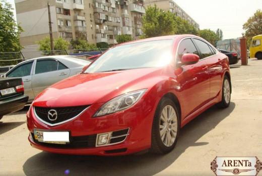 Mazda 6 красный.