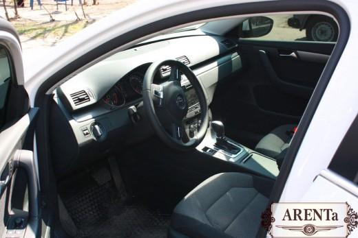 Volkswagen B7 белый.