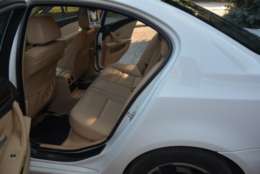 Салон автомобиля BMW 525 в кузове 60