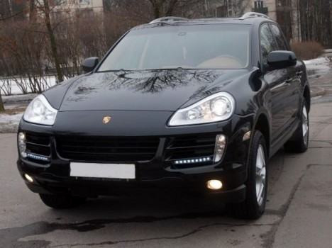 Porsche Cayenne черный.