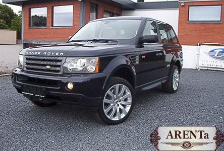 Range Rover черный.
