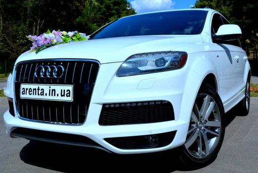 Прокат белой Audi Q7 в Харькове