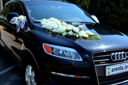 Аренда черного Audi Q7 на свадьбу
