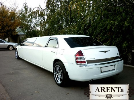 "Ћимузин Chrysler 300C белый. ј ÷»я!!!!!!! """"ќ""Ќя…""≈."