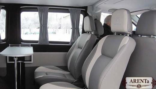 Автобус Mercedes Vito.