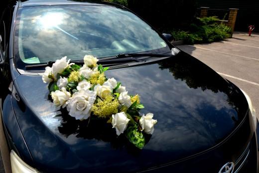 Украшения для Тойота Королла на свадьбу или торжество